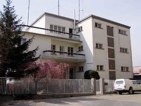 budova správy komarno